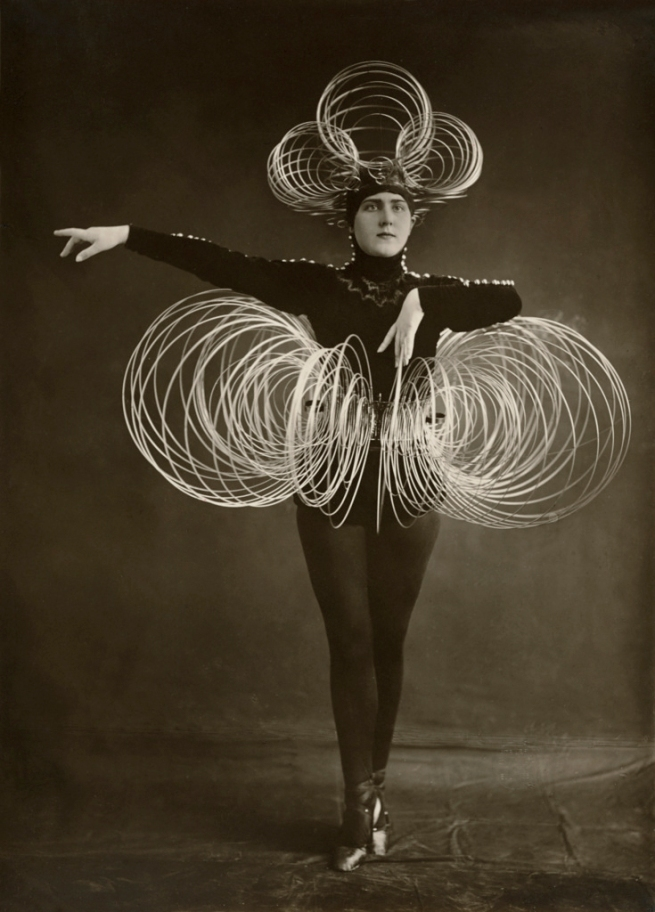 Karl Grill. 'Untitled [Spiral Costume, from the Triadic Ballet]' c. 1926-27