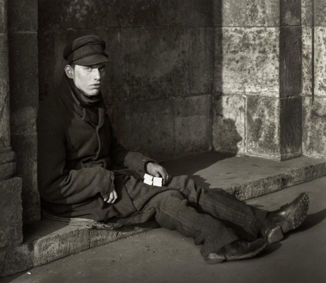 August Sander. 'Match seller' 1927