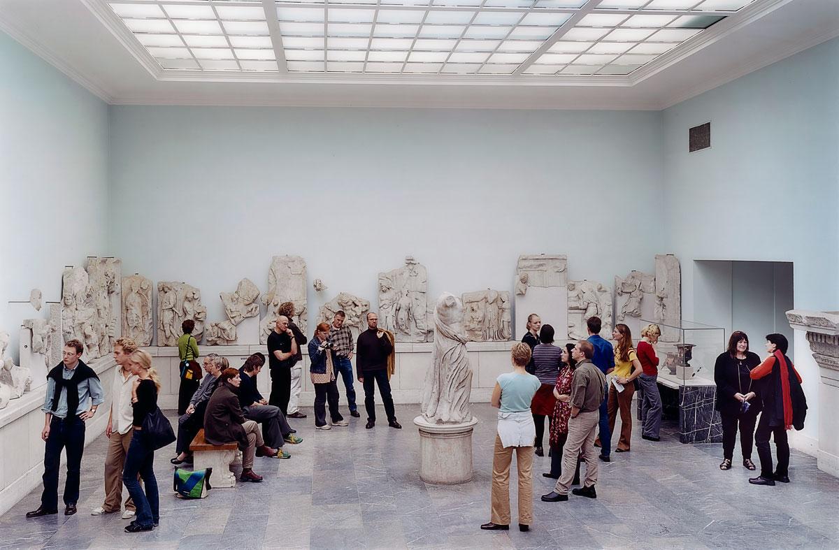 Thomas Struth. 'Pergamon Museum IV, Berlin' 2001