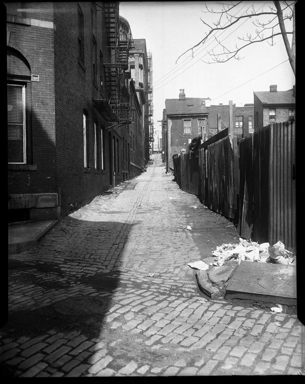 Teenie Harris. 'Deserted Alley' 1946-1970