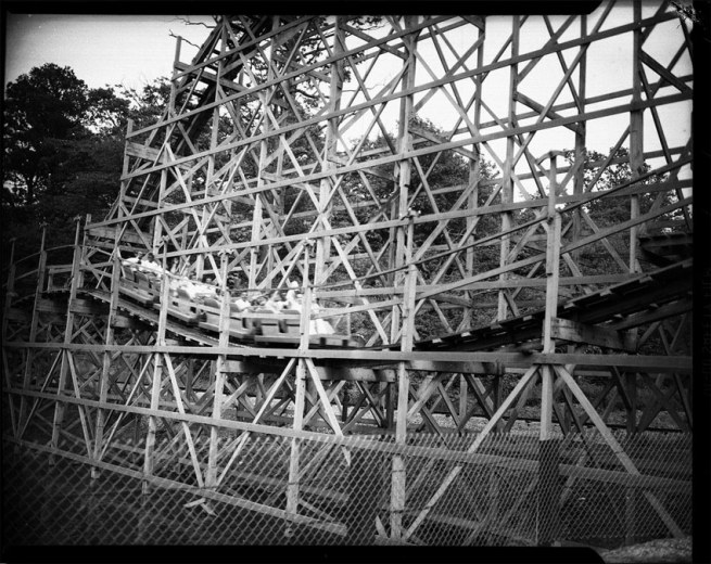 Teenie Harris. 'Wooden roller coaster, possibly at Rock Springs Park, Chester, West Virginia' c. 1941