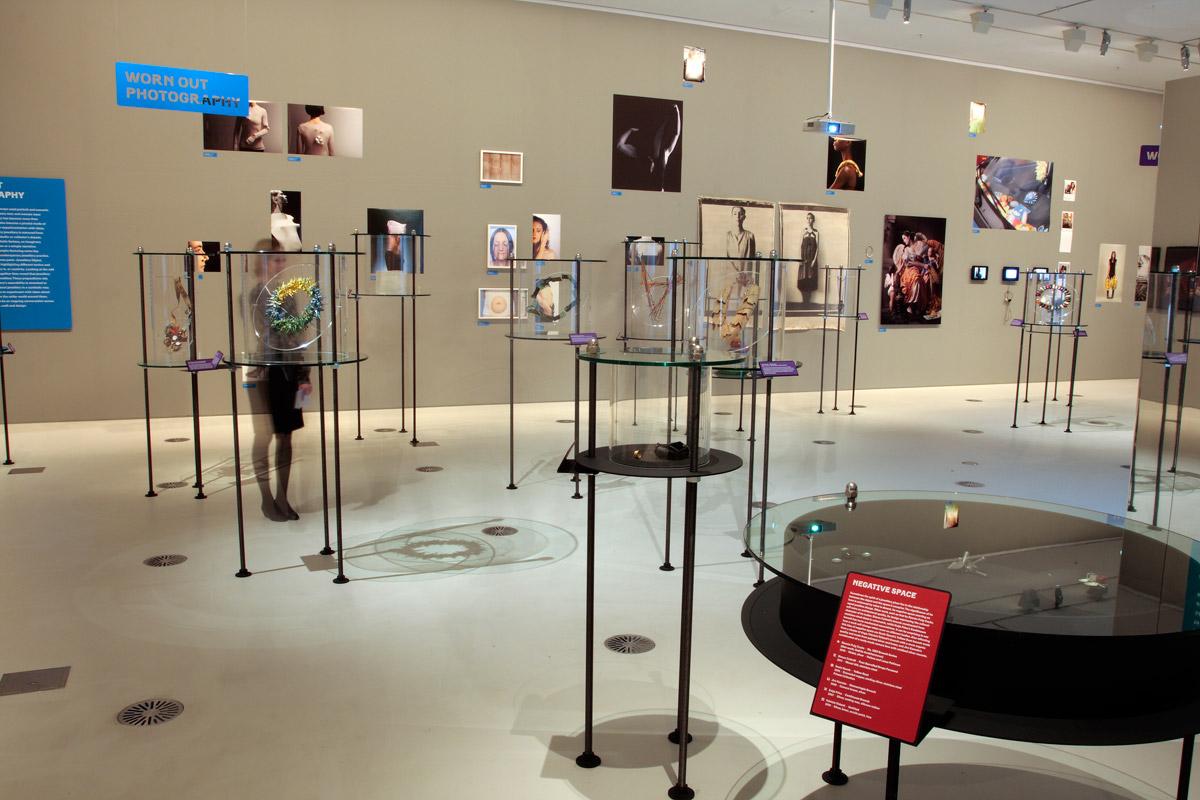Exhibition Displays Australia : Exhibition 'unexpected pleasures the art and design of