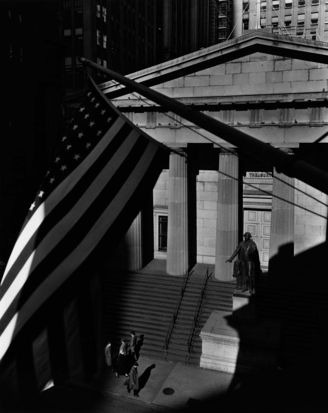 Berenice Abbott. 'Treasury Building, New York City' 1933