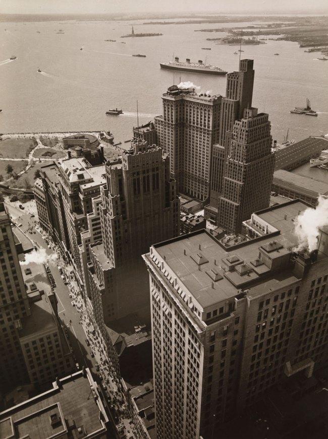 Berenice Abbott. 'Broadway to the Battery, New York City, May 4, 1938' 1938