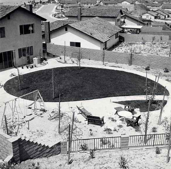 Backyard,-Diamond-Bar,-California,-1980,-Joe-Deal-WEB