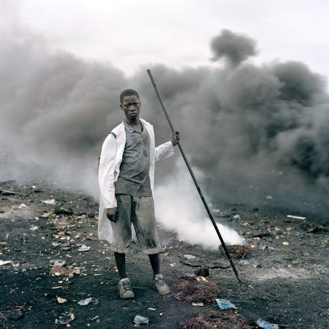 Pieter Hugo. 'Abdulai Yahaya, Agbogbloshie Market, Accra' 2009-2010 From the series 'Permanent Error'