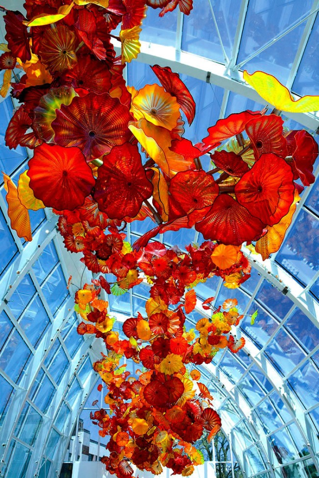 Chihuly Garden and Glass. 'Glasshouse (day)' 2012