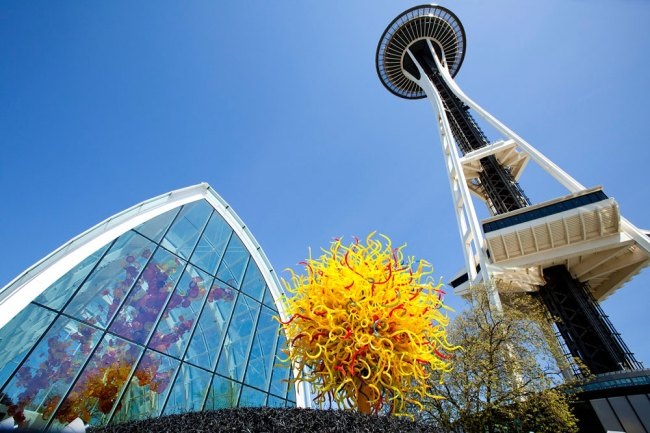 Chihuly Garden and Glass. 'Glasshouse, Pacific Sun and Space Needle' 2012