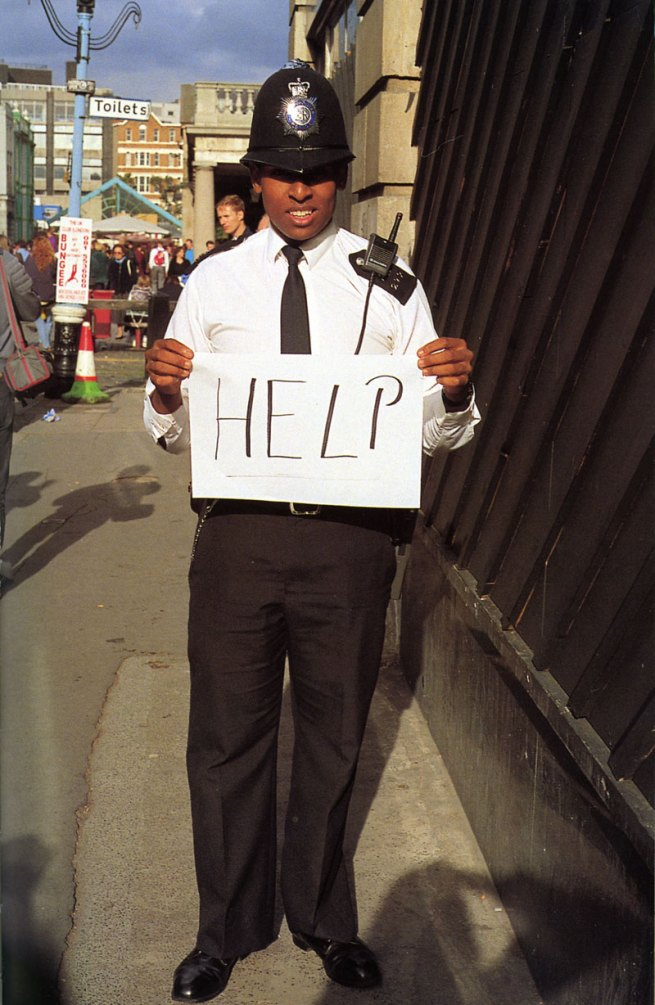 Gillian Wearing. 'HELP' 1992-3