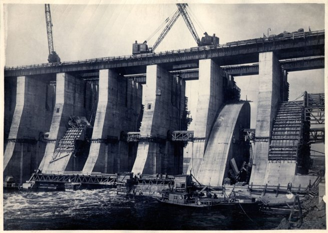 Photographer unknown. 'DneproGES: dam under construction' 1931