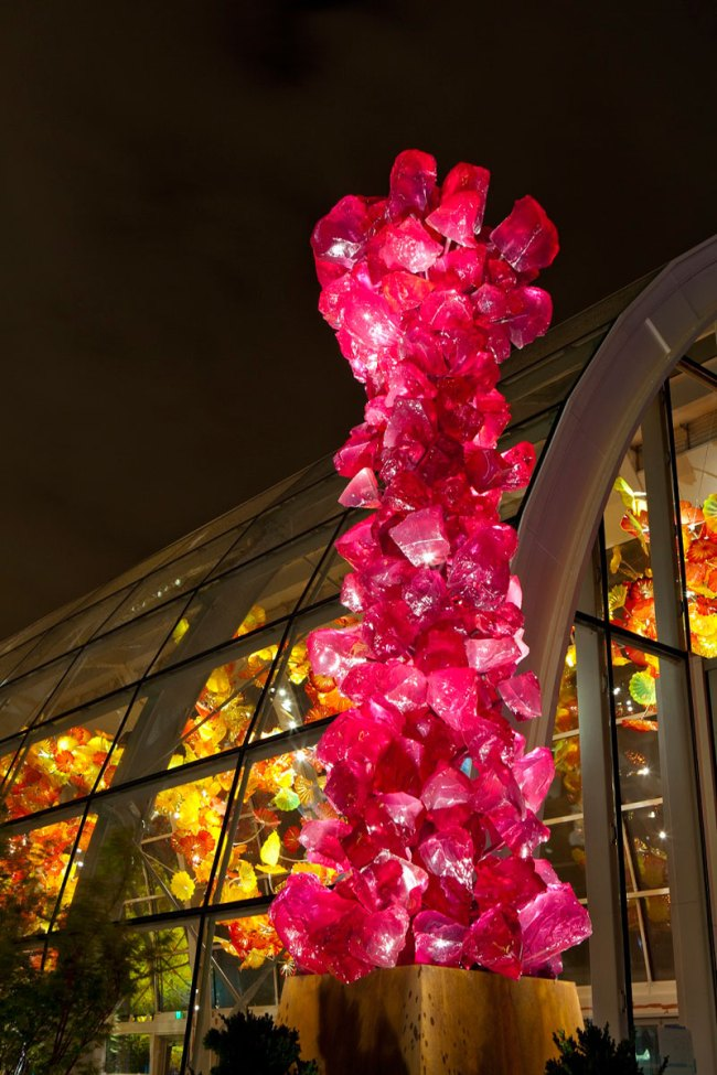 Chihuly Garden and Glass. 'Viola Crystal Tower and Glasshouse (night)' 2012