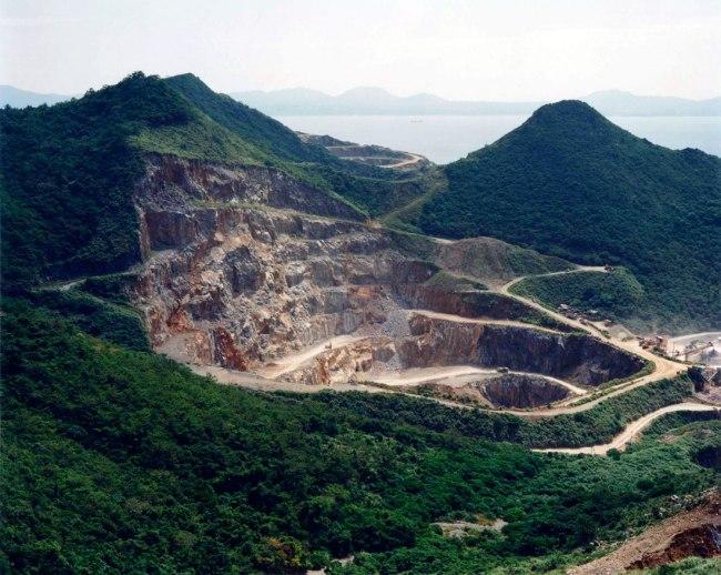 Naoya Hatakeyama. 'Lime Hills #22916' 1988