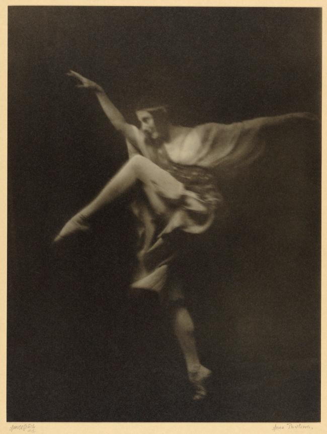 Arnold Genthe (American, born Germany, 1869-1942) 'Anna Pavlowa' about 1915