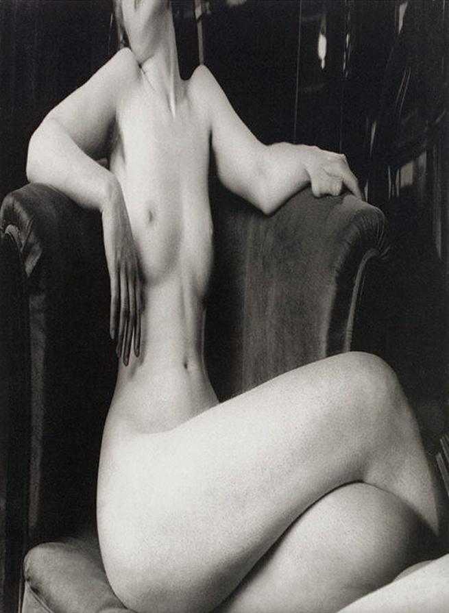 André Kertész (American (born Hungary), Budapest 1894 - 1985 New York City) 'Distortion #6' 1932