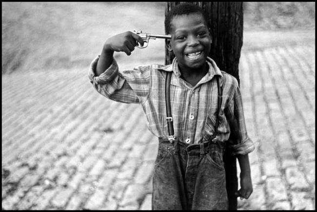 Elliott Erwitt. 'USA. Pennsylvania. Pittsburgh. 1950' 1950