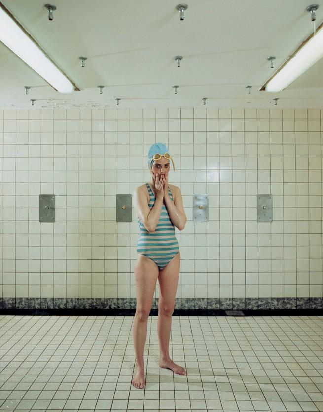 Rineke Dijkstra. 'Self Portrait, Marnixbad, Amsterdam, Netherlands, June 19, 1991' 1991