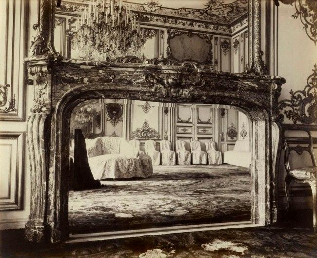 Eugène Atget. 'Fireplace, Hôtel Matignon, former Austrian embassy, 57 rue de Varenne, 7th arrodissement' 1905