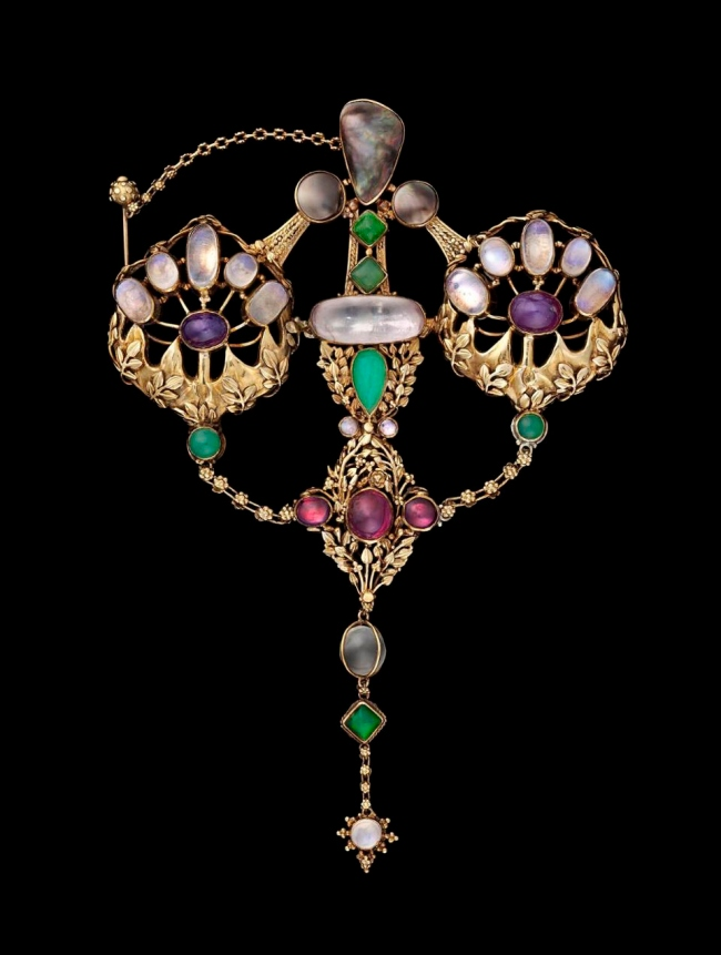 John Paul Cooper (English, 1869-1933) 'English Arts and Crafts brooch' 1908