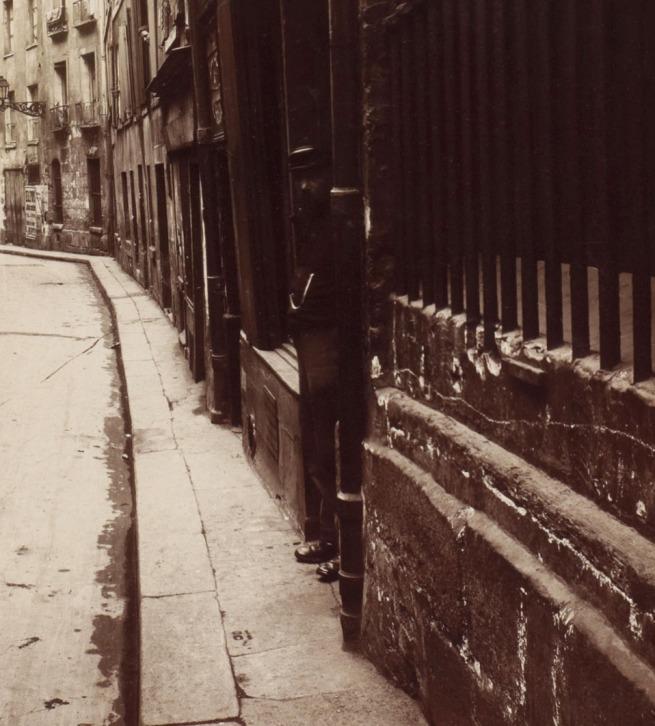 Eugène Atget. 'Rue de l'Hôtel de Ville' 1921 (detail)
