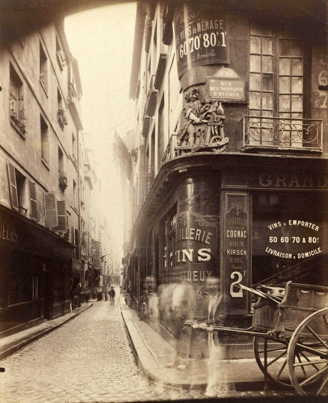 Eugène Atget. 'Shop sign, au Rémouleur' 1899