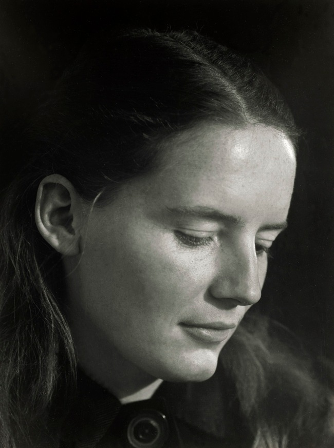 Edward Weston. 'Charis Wilson' 1941
