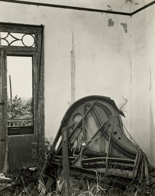 Edward Weston. 'Meraux Plantation House, Louisiana' 1941