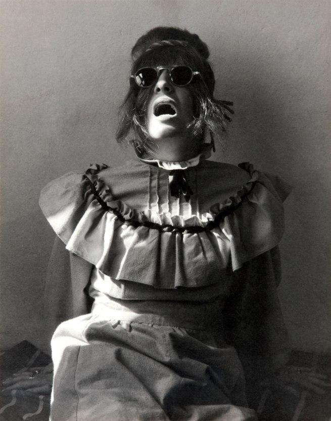 Manuel Álvarez Bravo. 'Unpleasant portrait (Retrato desagradable / Portrait désagréable)' 1945