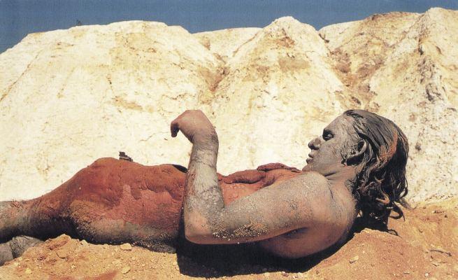 Charles Simonds. 'BodyEarth' 1974