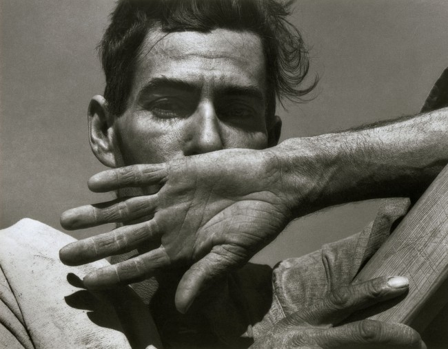 Dorothea Lange. 'Migratory Cotton Picker' Eloy, Arizona 1940