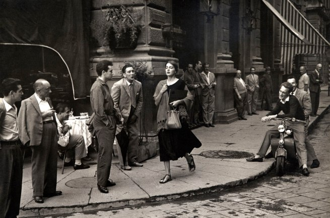 Ruth Orkin. 'American Girl in Italy' 1951