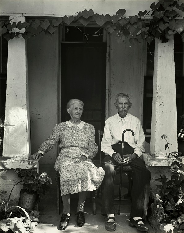 Edward Weston. 'Mr. and Mrs. W. P. Fry, Burnet, Texas' 1941