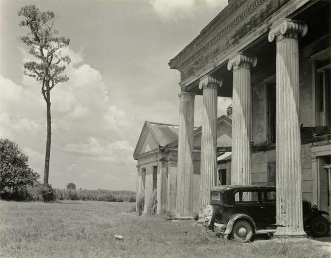 Edward Weston. 'Woodlawn Plantation House, Louisiana' 1941