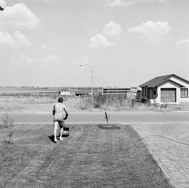 David Goldblatt. 'Saturday afternoon in Sunward Park' 1979