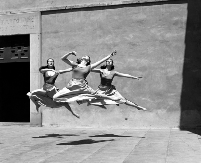 Imogen Cunningham. 'Three Dancers, Mills College' 1929