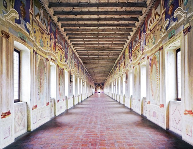 Candida Höfer. 'Galleria Degli Antichi Sabbioneta I 2010' 2010