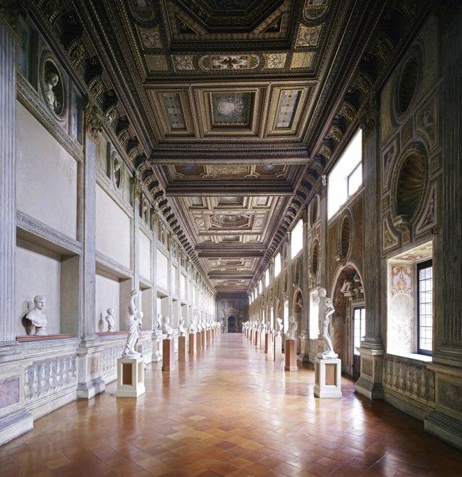 Candida Höfer. 'Palazzo Ducale Mantova V' 2011