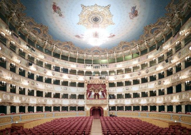 Candida Höfer. 'Teatro La Fenice di Venezia V 2011' 2011