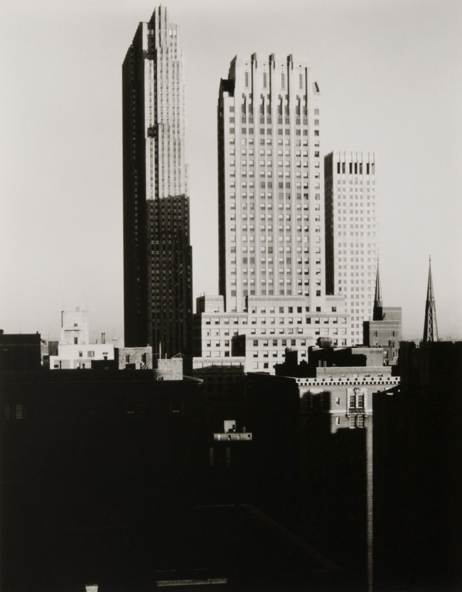 Alfred Stieglitz. 'New York from the Shelton' 1935