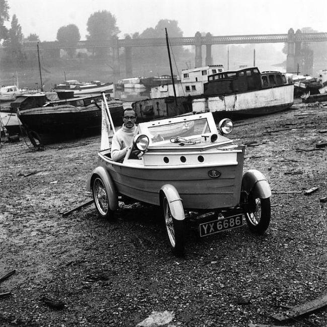 English boat car 1950s?