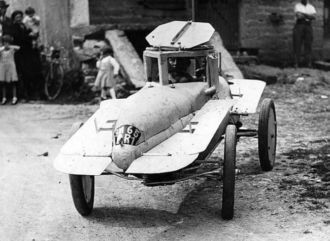 Anonymous motor vehicles, English 1930s?