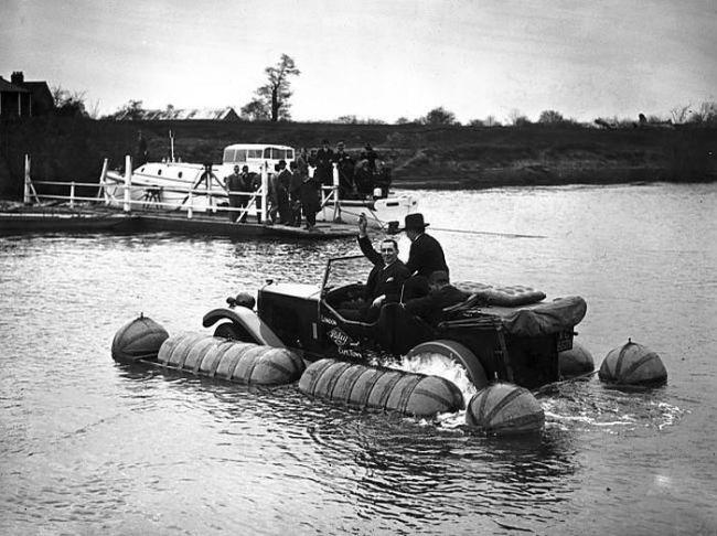 Amphibious Riley 1931