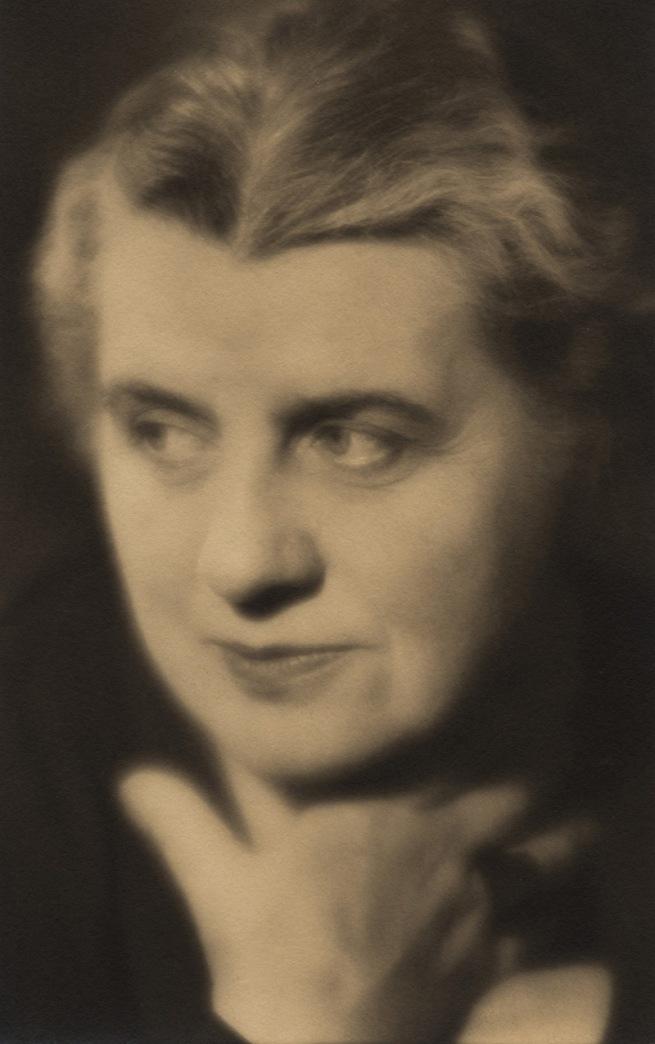 Laure Albin Guillot. 'Autoportrait' 1935