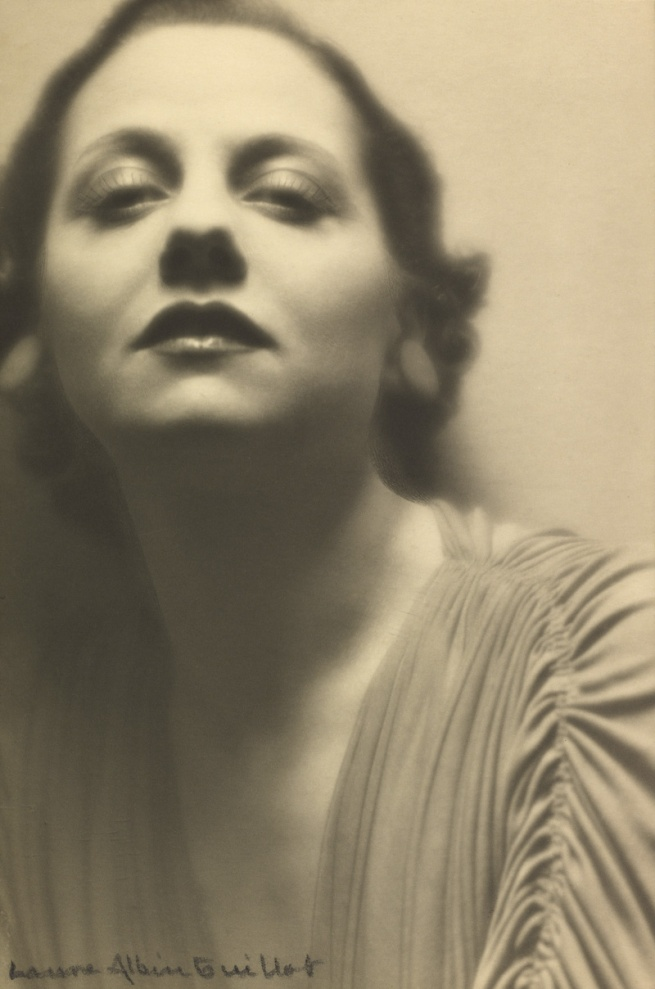 Laure Albin Guillot. 'Lucienne Boyer' 1935