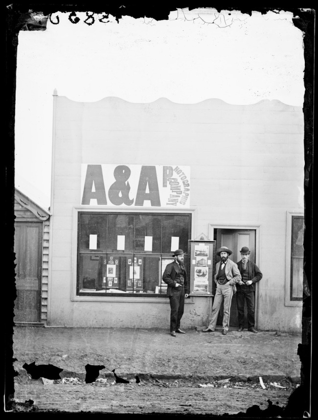 American & Australasian Photographic Company. 'Studio and staff of American & Australasian Photographic Co., Hill End' 1872
