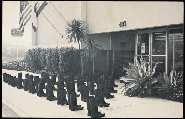 Eleanor Antin. '100 Boots' 1971-1973