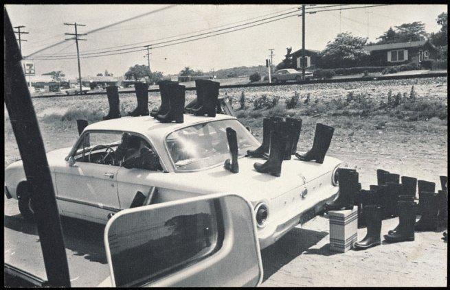 Eleanor Antin. '100 Boots' 1971 - 1973