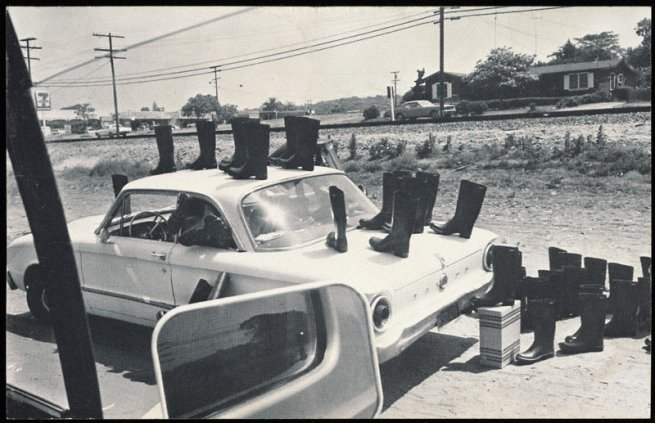Eleanor Antin. '100 Boots' 1971 - 1973