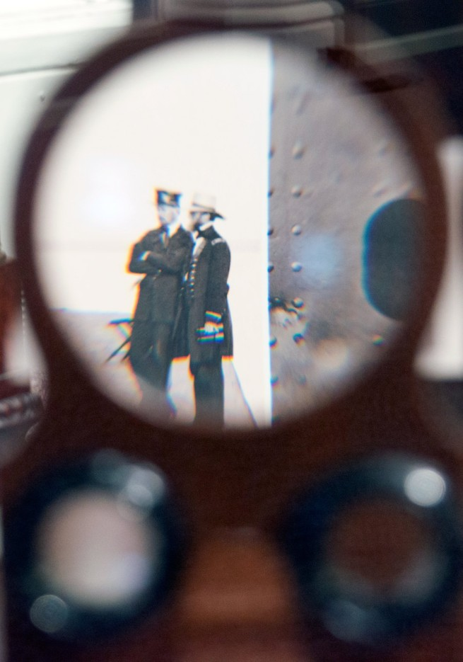 A magnified view of a photo looking through a single lens viewfinder of a Civil War-era stereoviewer