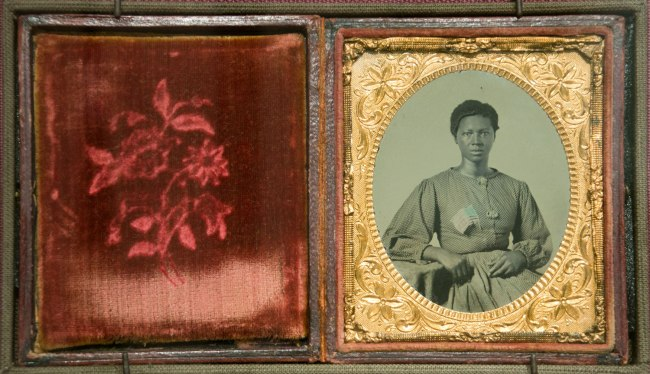 Anonymous photographer. 'Ambrotype of a washerwoman for the Union Army in Richmond' c. 1865