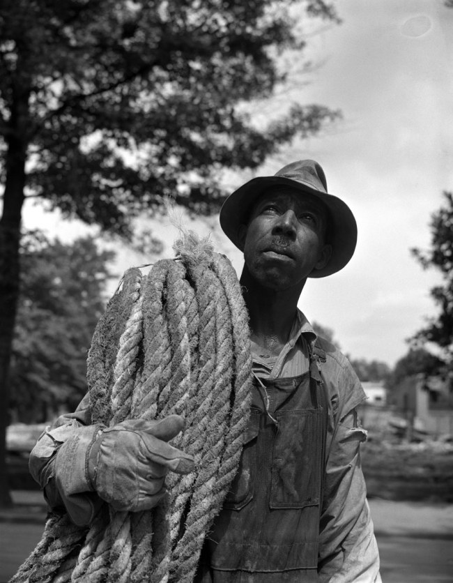 Gordon Parks. 'Construction workman, Washington, DC, 1942' 1942